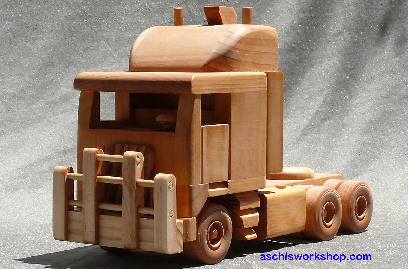 Wooden Toy Car Plans : Free toy plans