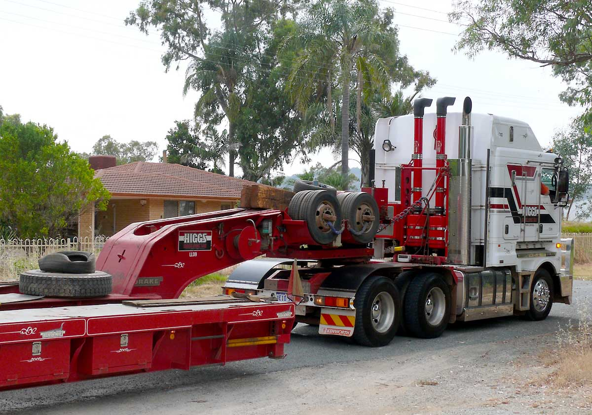 monster movers heavy haulage